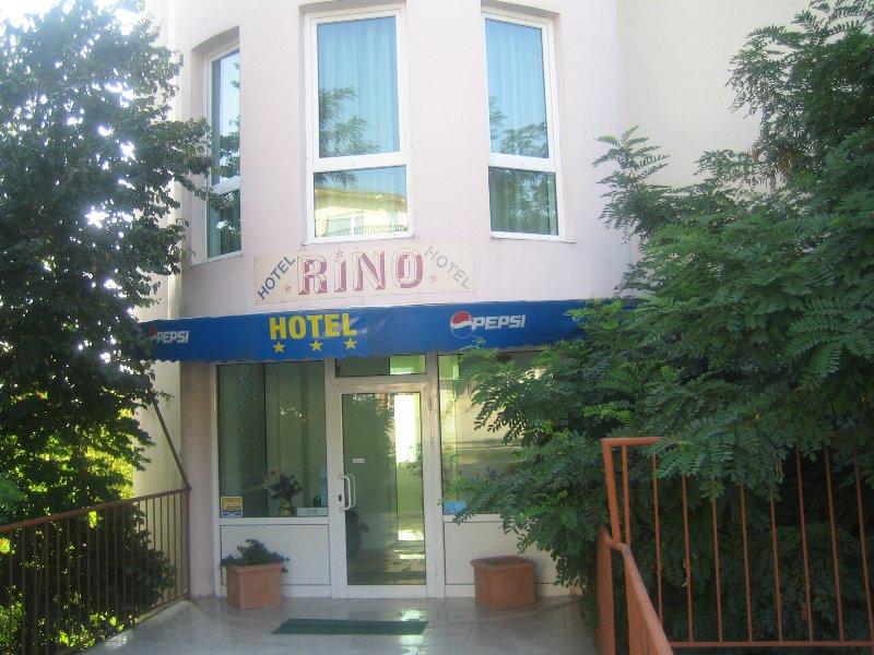 Хотел Рино Варна