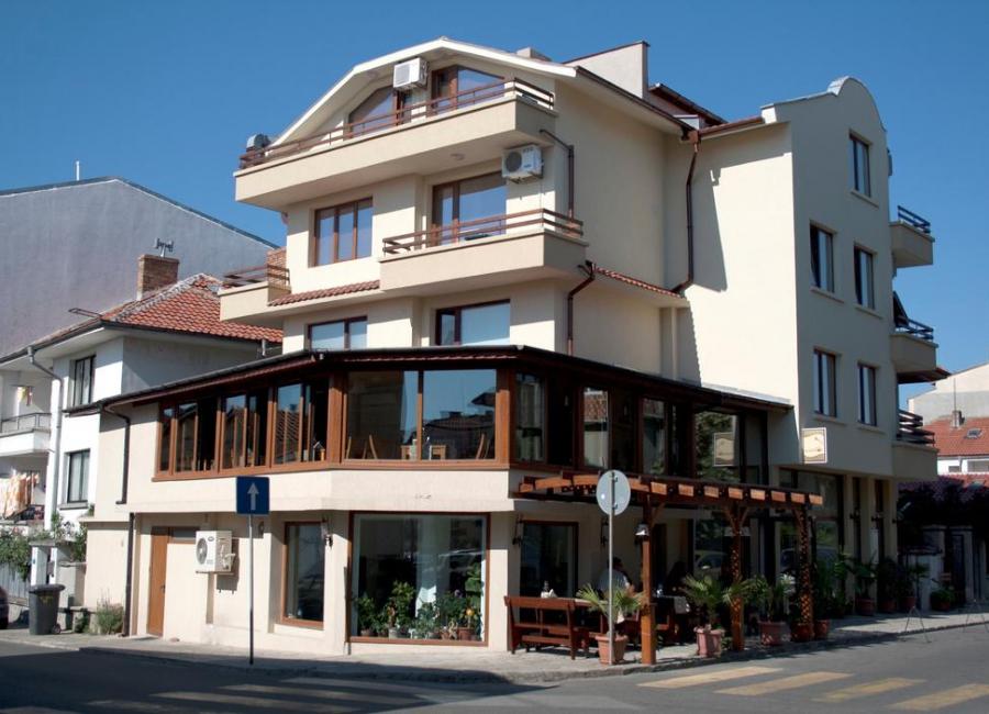 Хотел Албатрос 2 Созопол