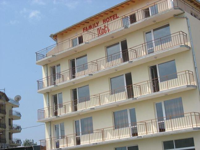Семеен хотел Кети Приморско