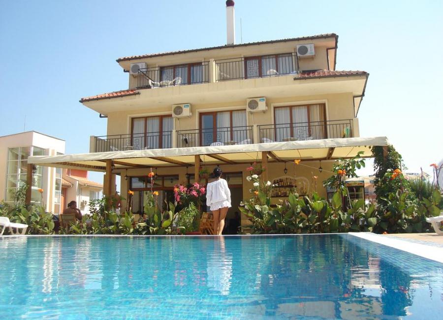 Семеен хотел Музите Созопол