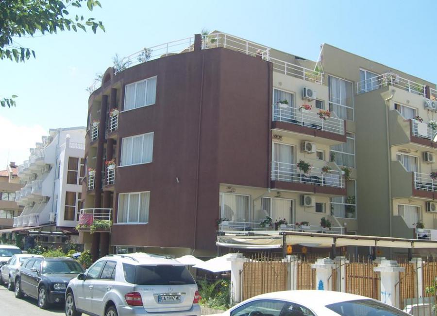 Хотел Damyanoff Лозенец