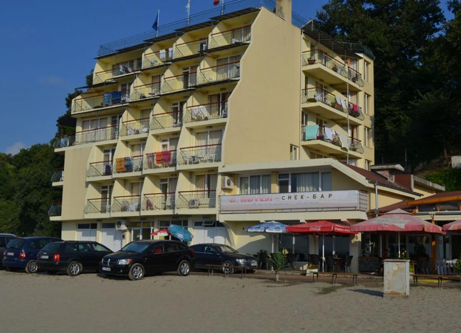 Хотел Славини Сеа Китен