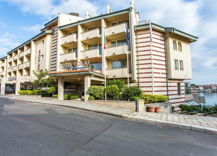 Хотел Корал Созопол