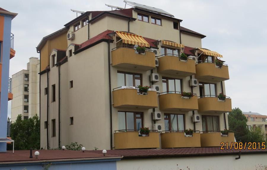 Хотел Стринава Приморско