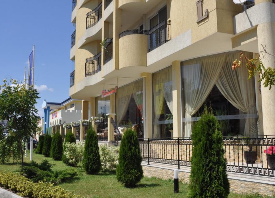 Хотел Империал Приморско