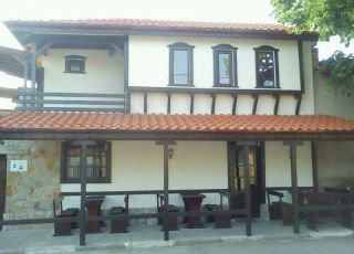 Къща Хъшове Павел баня