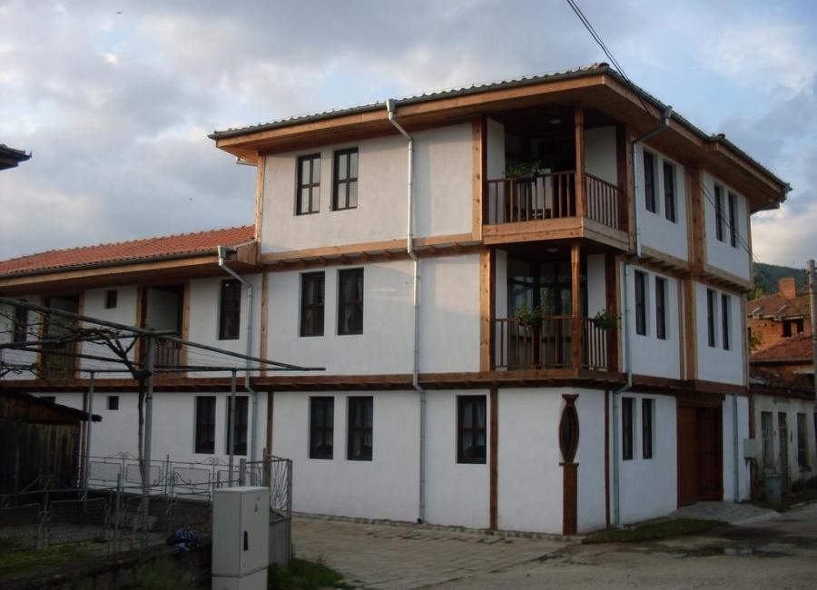 Цуцовата къща Калофер